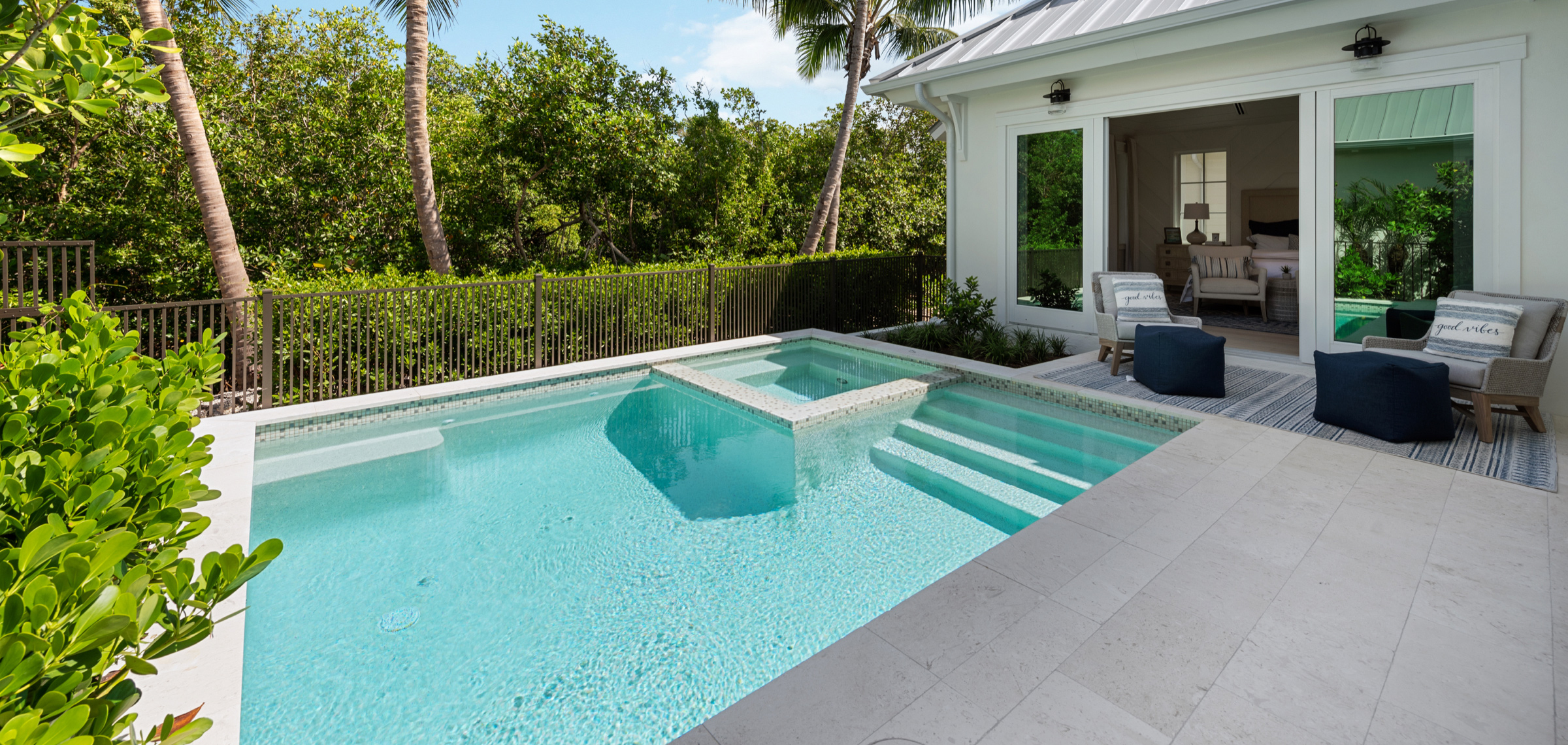 1463-2nd-ave-s-naples-fl-34102-pool2
